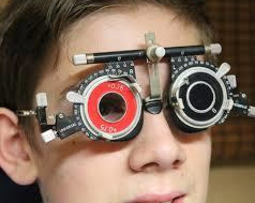 Childrens eye exams before school